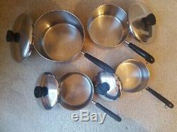 18 Piece Revere Ware Copper Bottom Setlot De Clinton ILL Pots, Casseroles, Et Skillets