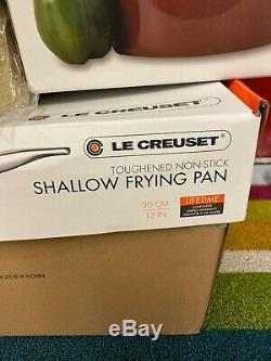 Le Creuset 20 Pièces Matériel Mixte Batterie De Cuisine En Cerisier Cerise. 1000 $