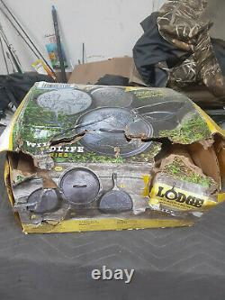 Lodge Wildlife Series Cast Iron Set 5 Piece Set Damaged Box