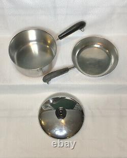 Revere Ware 1801 Copper Bottom 9 Piece Set 4 Pots, 2 Poêles Et Couvercles S'adaptent À Tous